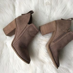Madden Girl Ankle Boots 9US